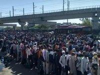 印度封国后,五万人步行千里,只为回家