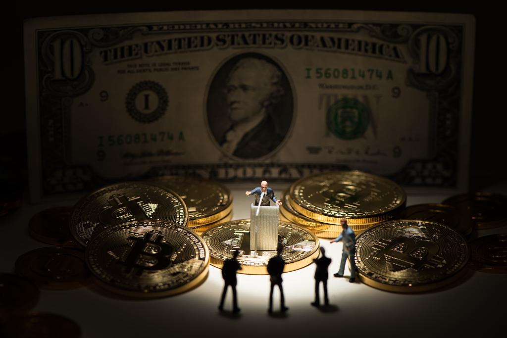 美联储会议和美国财政部早已把数万亿美元汇到