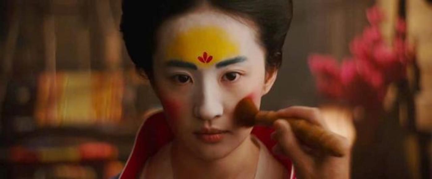 """刘亦菲与真人版《花木兰》:迪士尼命途多舛的""""华人公主计划"""""""