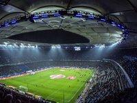 流量过亿的足球产业,热血的外壳,脆弱的心