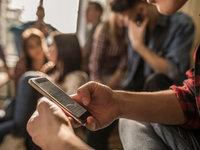 2020中国移动互联网春季报告:2461万下沉用户、965万中老年新触网