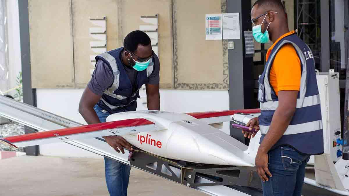 【钛媒体视频】非洲抗疫:无人机往返120公里运送病毒测试样本