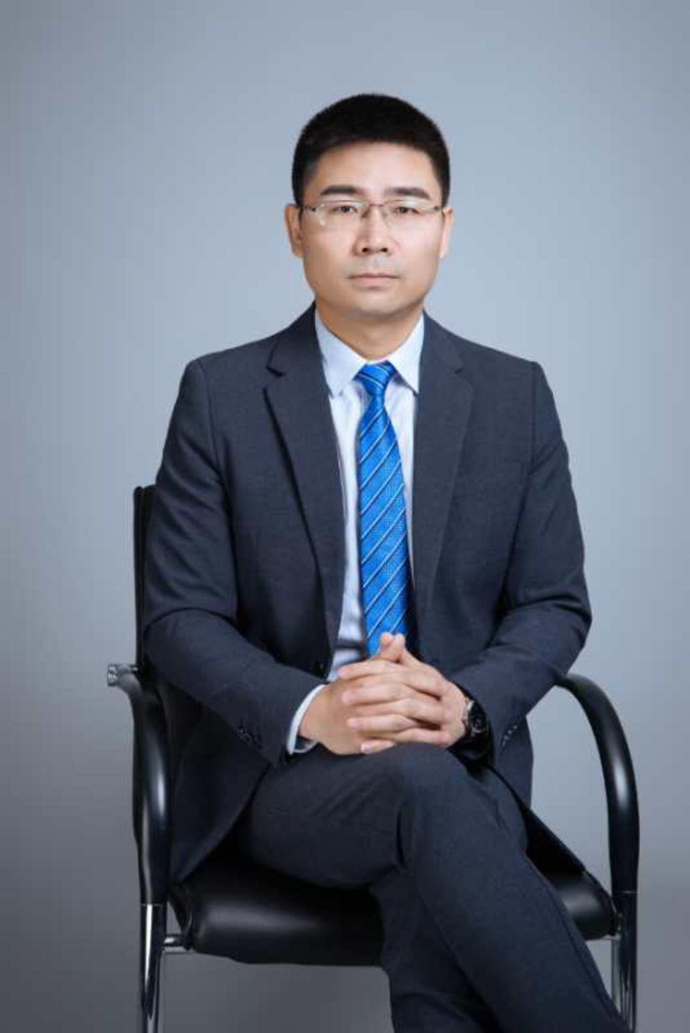 金地物业助理总经理 欧明东