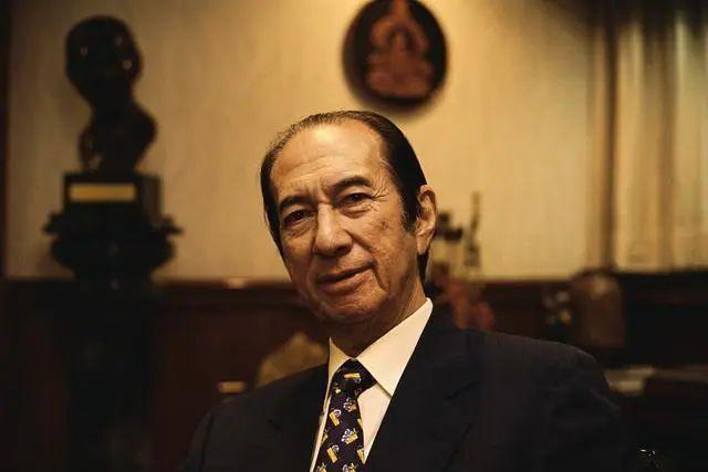 98岁赌王何鸿燊去世,超5千亿财富恐陷继承纷争