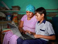 政府扶持、美国公司抢滩,印度在线教育大变革