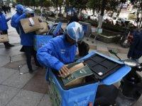 北京一外卖小哥确诊,饿了么回应:与其密切接触的骑手已被集中隔离   直击疫情