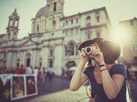 旅游行业:短期艰难,长期看好