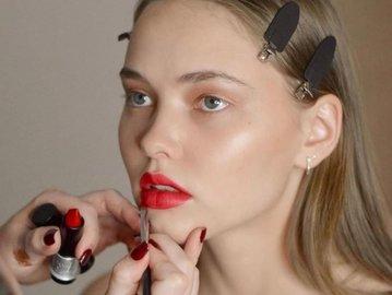 Make Up For Ever如何在抖音玩出了专业彩妆的调性?|营销深案例