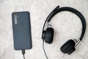 罗技Zone Wired耳机体验,能否打开移动办公外设新市场?