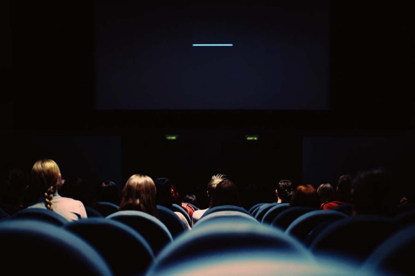 电影院7月20日起恢复营业,每场上座率不超30%  | 钛快讯