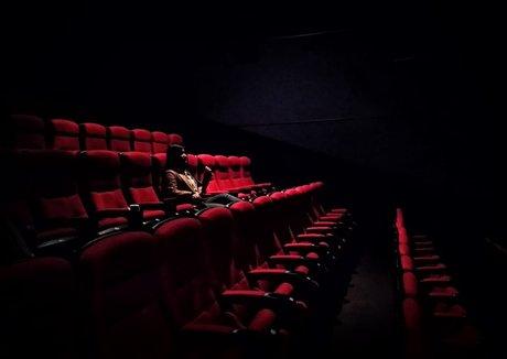 "全年亏损4289.3万美元,IMAX中国如何上演""疫""后重生?"
