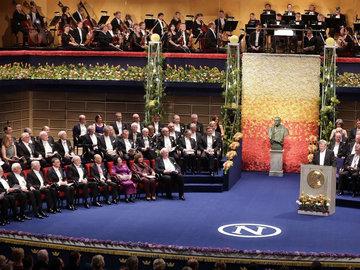 【视频】60多年来首次:诺贝尔奖颁奖晚宴受疫情影响被取消