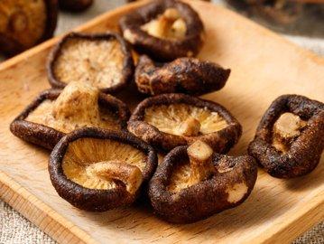 不一样的香菇,开袋即食!咔滋脆爽好吃到吮指!