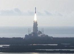 "NASA""毅力""号核动力火星车发射成功,还携带了一架直升机"