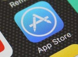 字节跳动剥离TikTok美国业务,苹果一晚下架近3万游戏应用丨产业周报