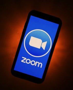 "Zoom在中国暂停直销,或与TikTok""同因"""