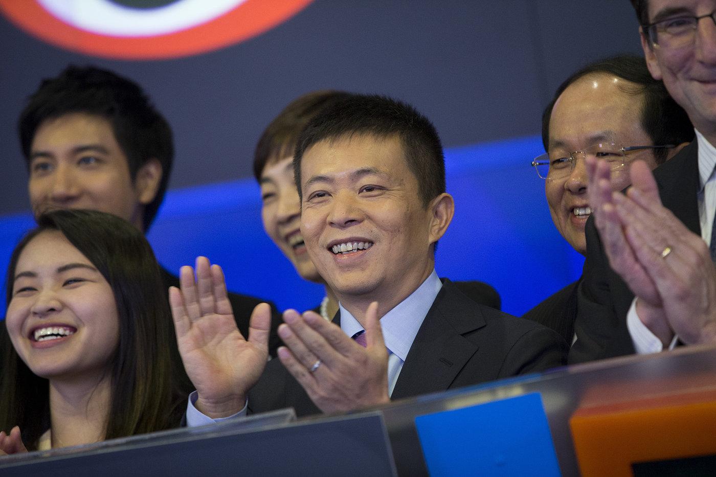 2014年4月17日,美国纽约,新浪旗下微博业务正式登陆纳斯达克。图片来源@视觉中国