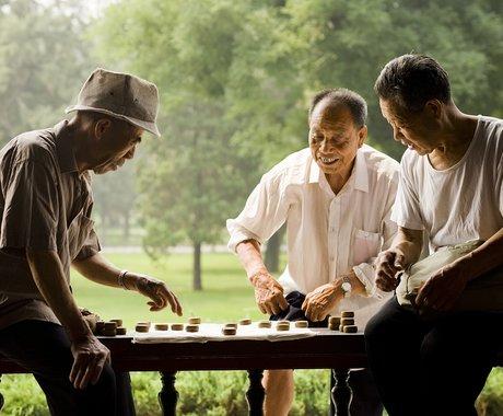 日益减少的劳动人口,如何供养最大规模的老年人口?