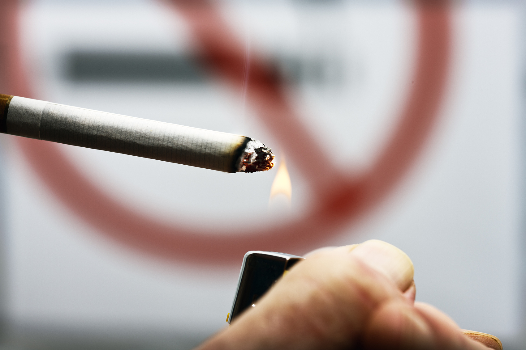 吸烟有害!首次被证实会引发致命性脑血管破裂