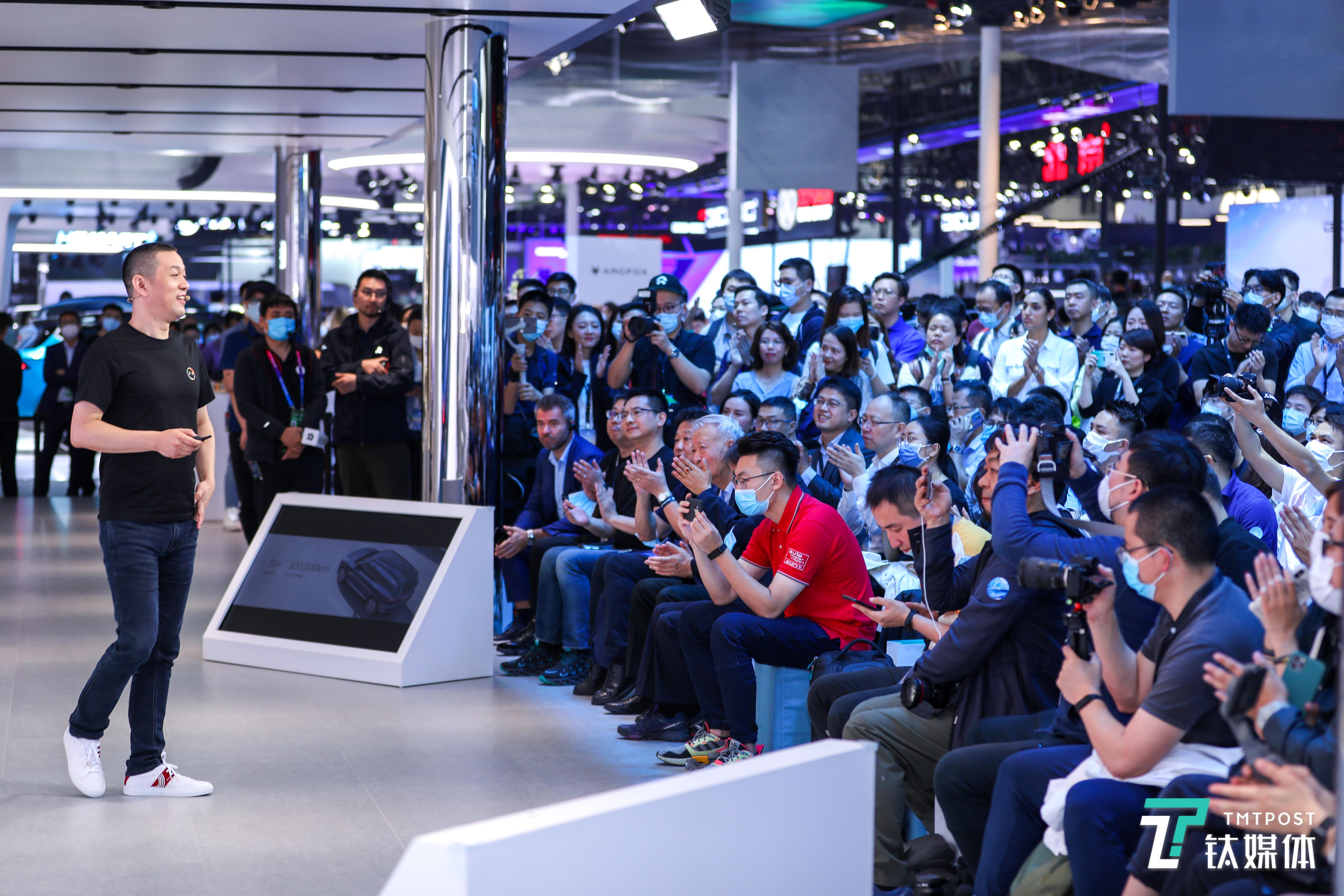 《蔚来发布NOP,专访秦力洪:未来长远的竞争优势还是用户满意度》