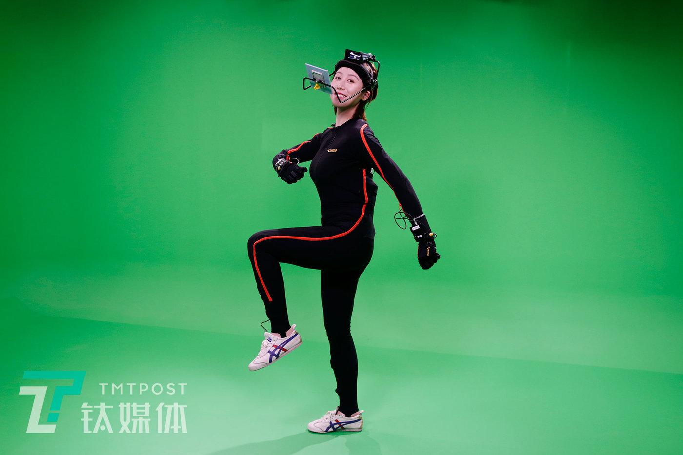 2020年9月1日,北京,动作捕捉演员莫妮卡在录影棚。