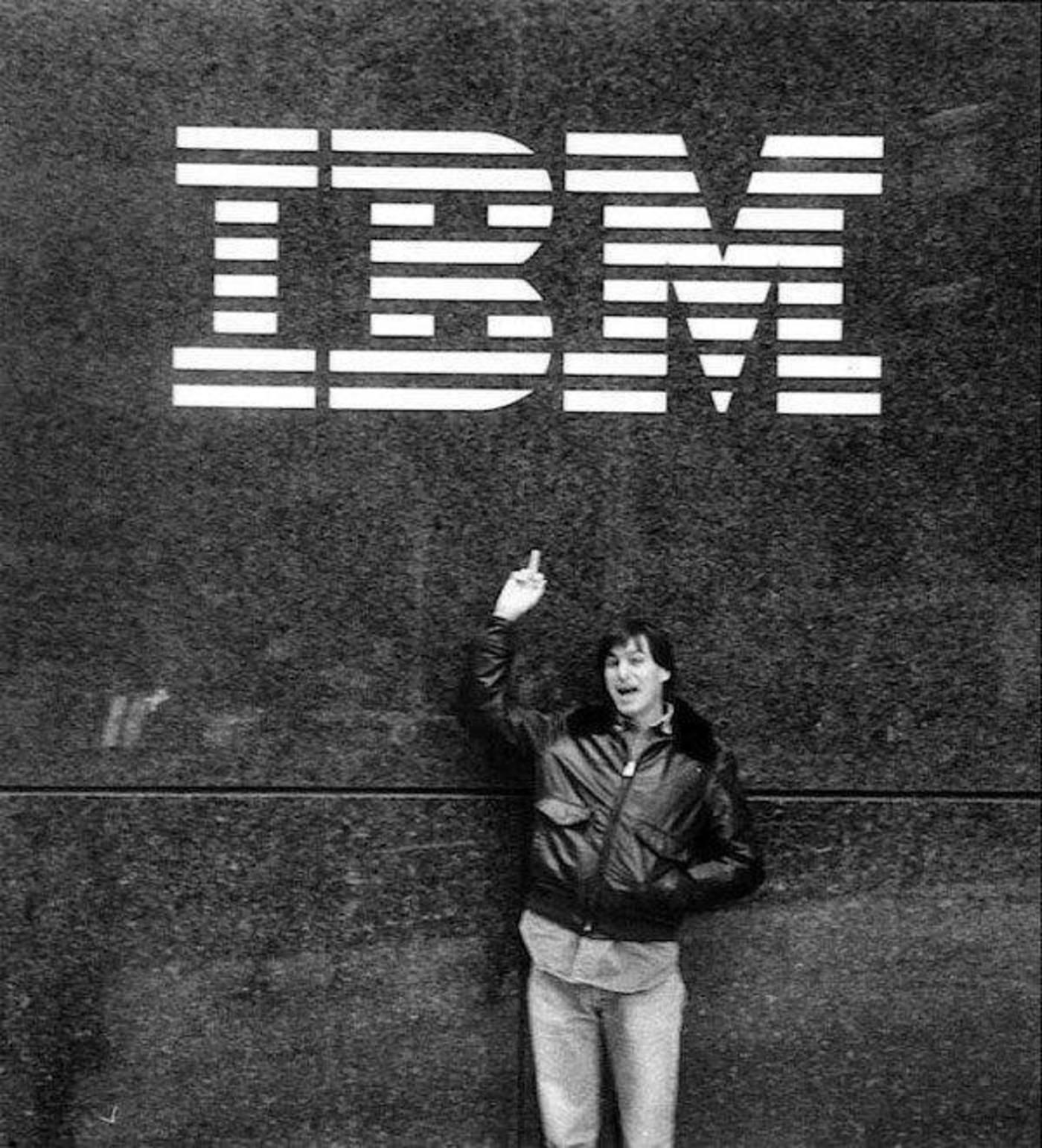图:乔布斯和IBM