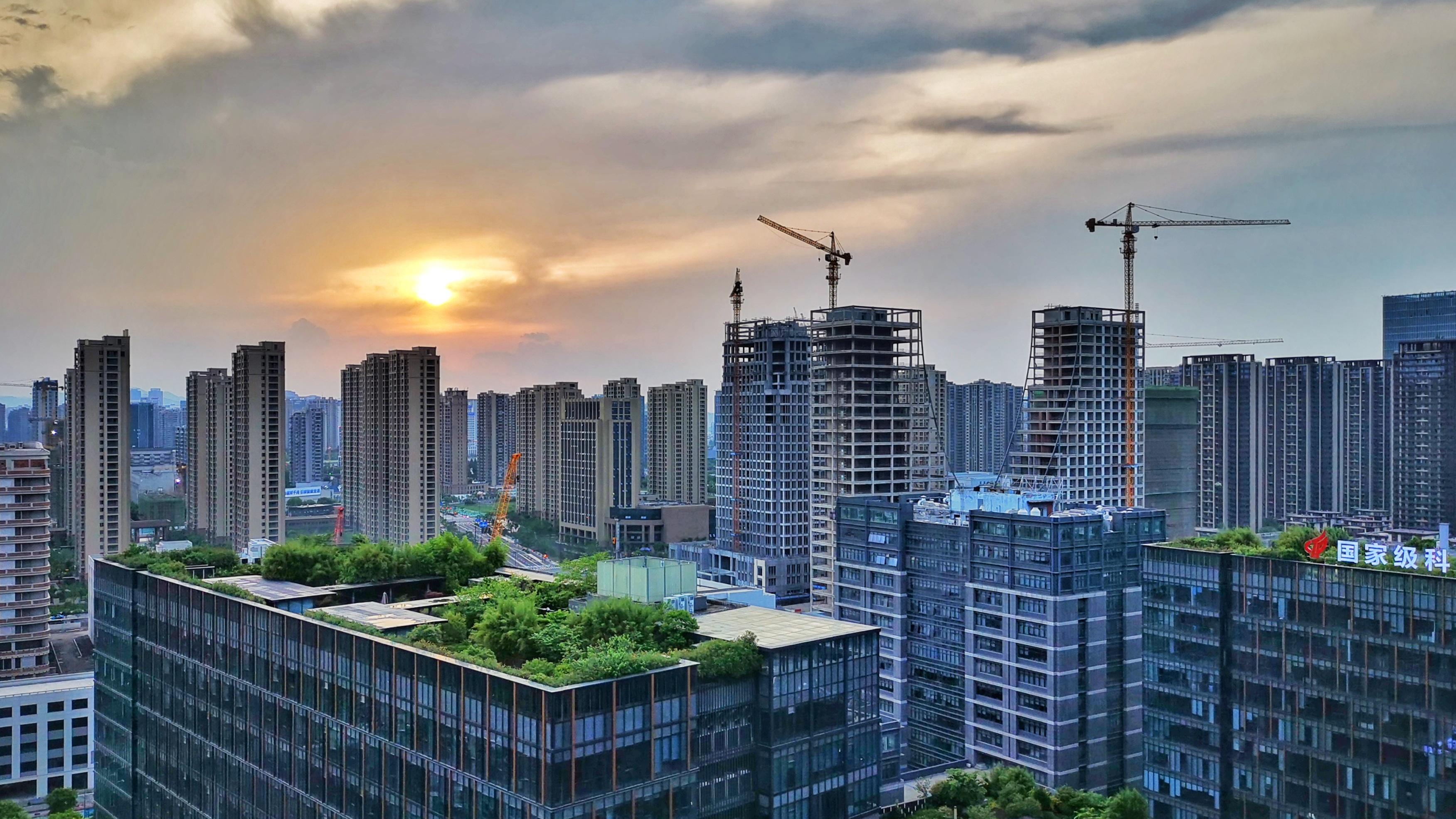 房东跳价、中介PUA,在杭州二手房市场惊心走一遭