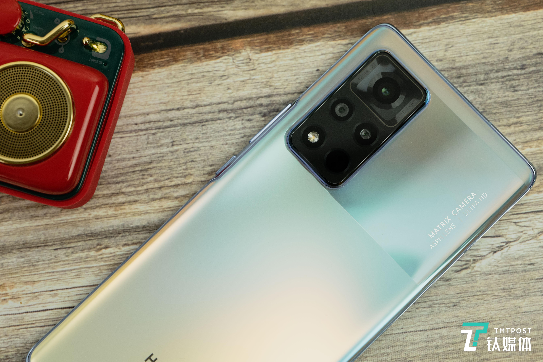 荣耀V40-摄像头模组