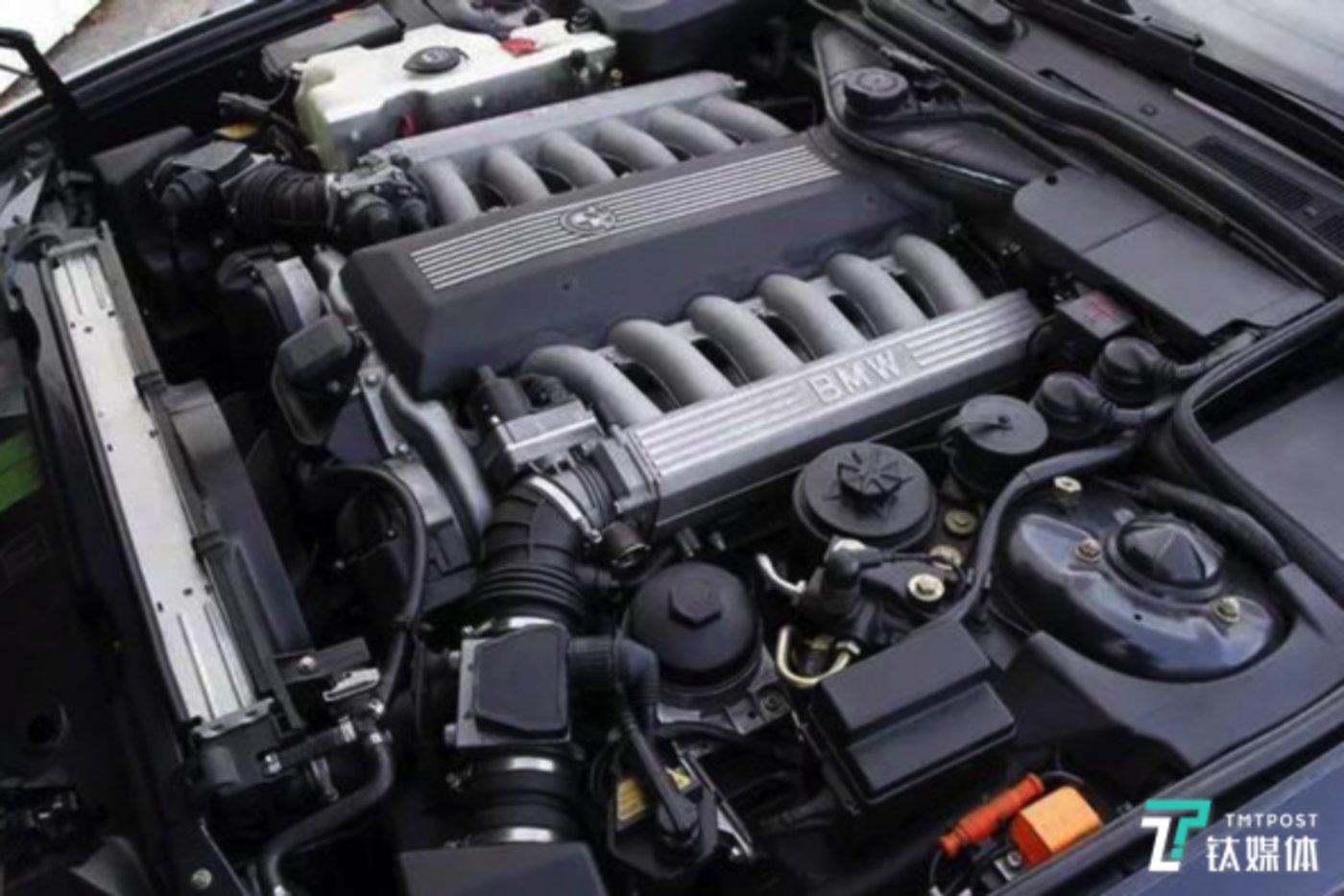 宝马12缸发动机
