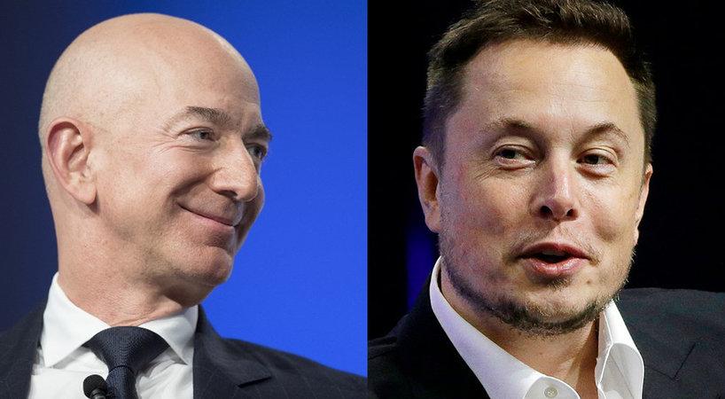"""两任全球首富的""""太空""""对决:专注造火箭的贝佐斯能否超越马斯克?"""