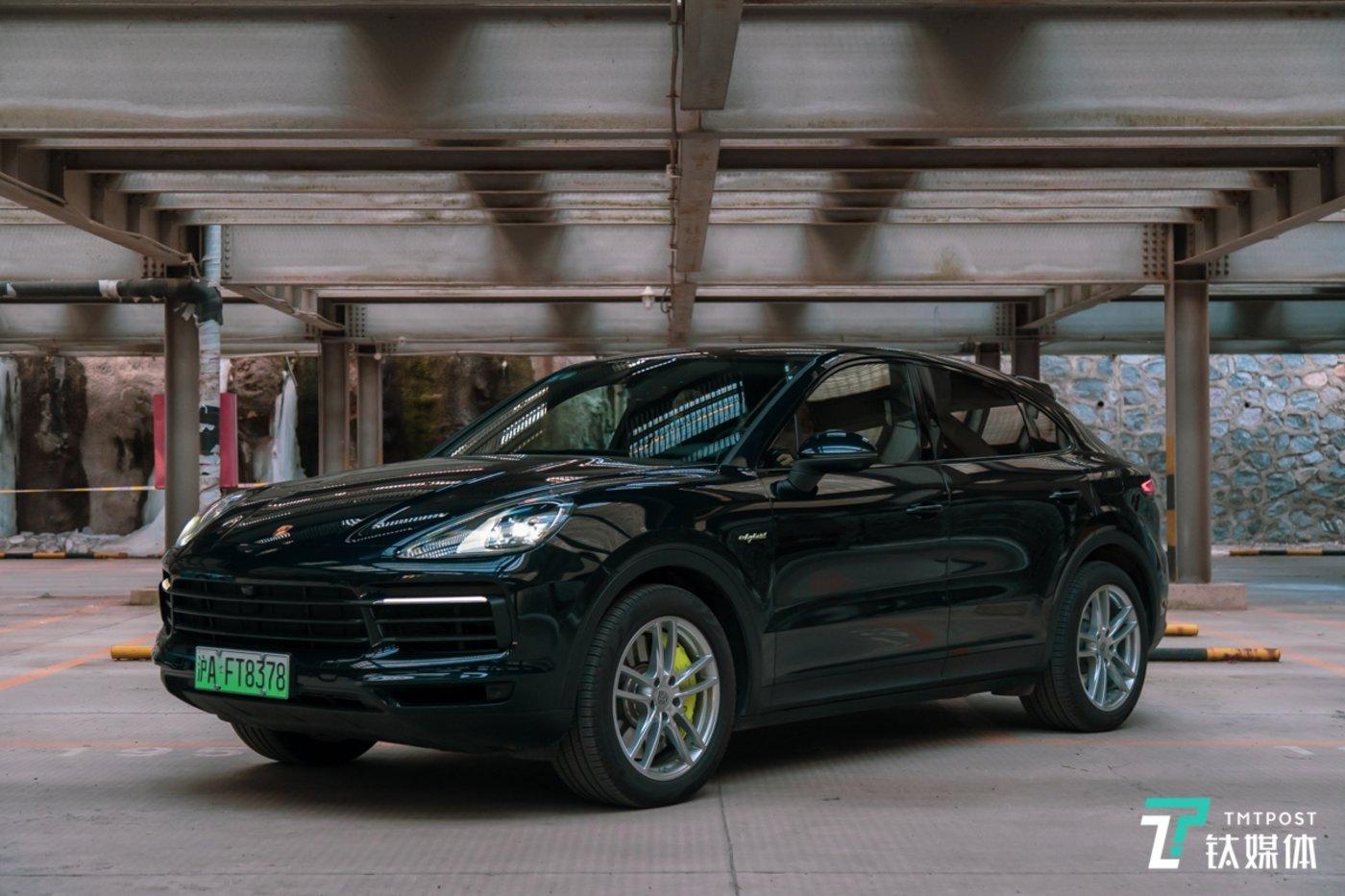 保时捷Cayenne E-Hybrid Coupe