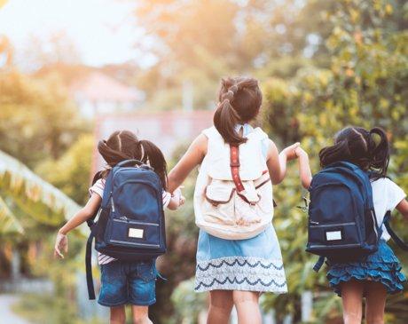 教育部就《未成年人学校保护规定》公开征求意见;第一高中教育集团2020财年营收4.46亿元;螳螂科技完成近亿人民币A轮融资 | 教育产业周报(09期)