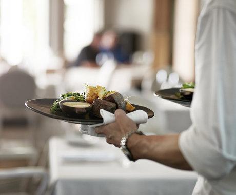 资本看餐饮,隐藏在数据里的5大反思和4大趋势