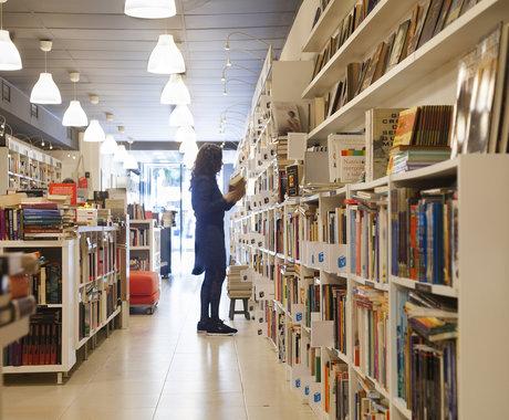 线下书店衰落:比文艺青年更难过的,是传统出版业