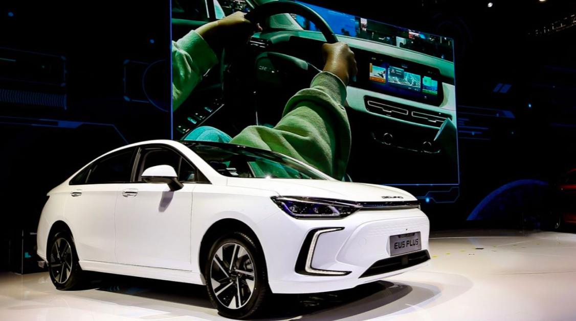 BEIJING 汽车发布技术路线与产品规划,U5 PLUS、EU5 PLUS 正式预售|一线车讯