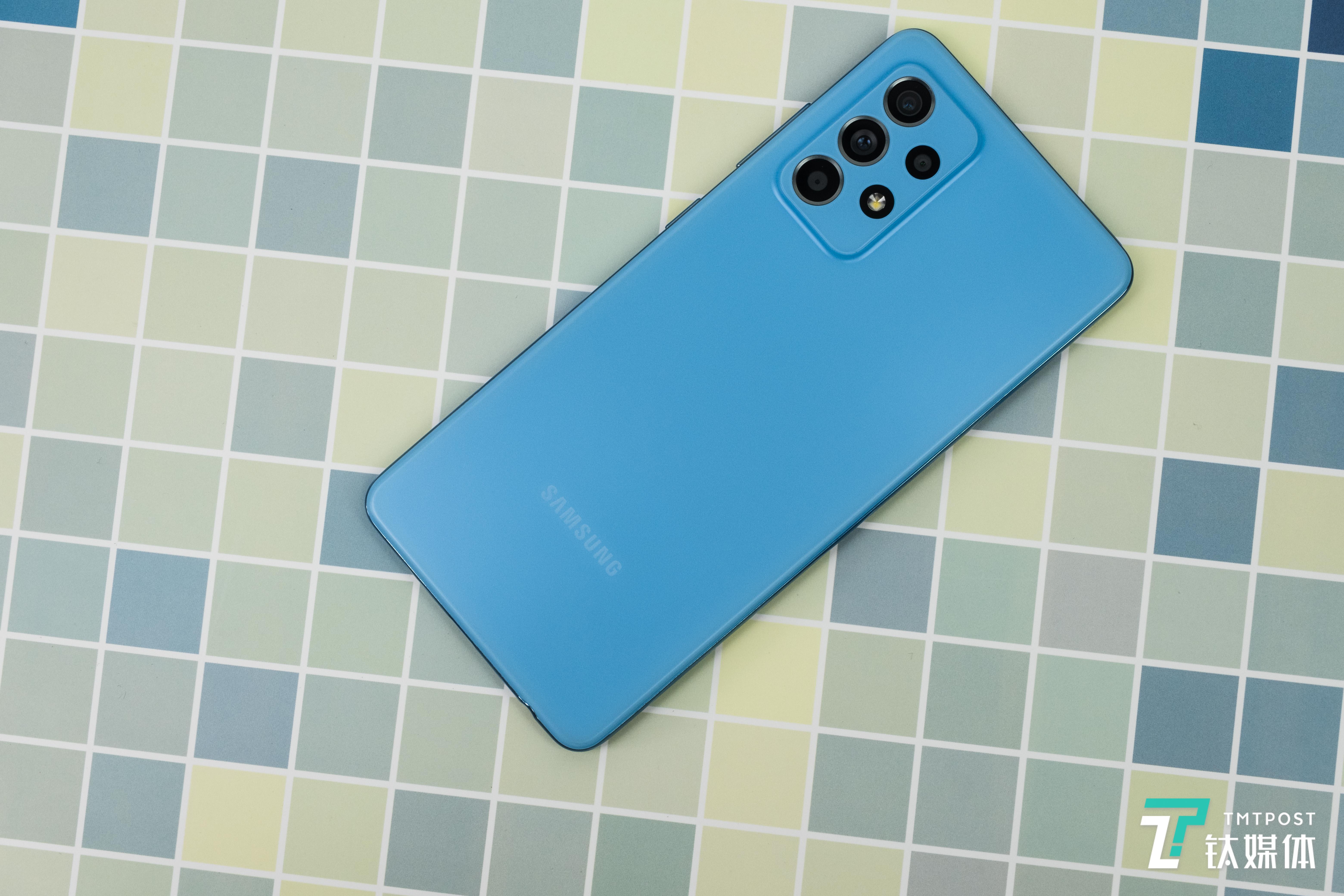 三星Galaxy A52 5G-氧气蓝后盖