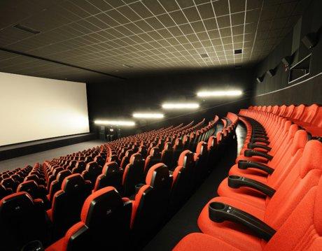 五一档小结:上线影片多、票房赢少输多,电影资本几家欢乐几家愁