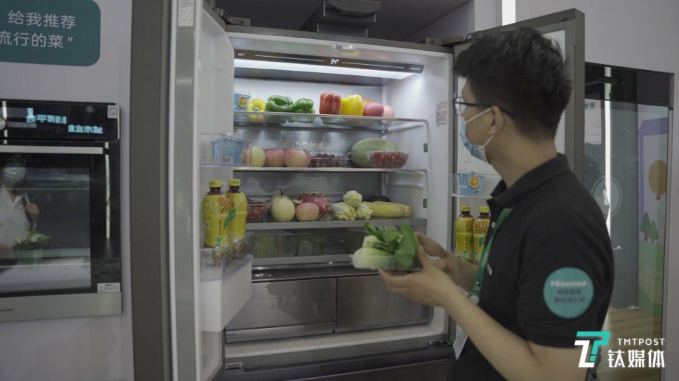 通过人工智能技术实现在放置食材环节的识别