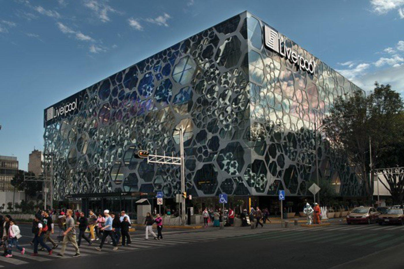 ▲2010年 墨西哥利物浦百货开业