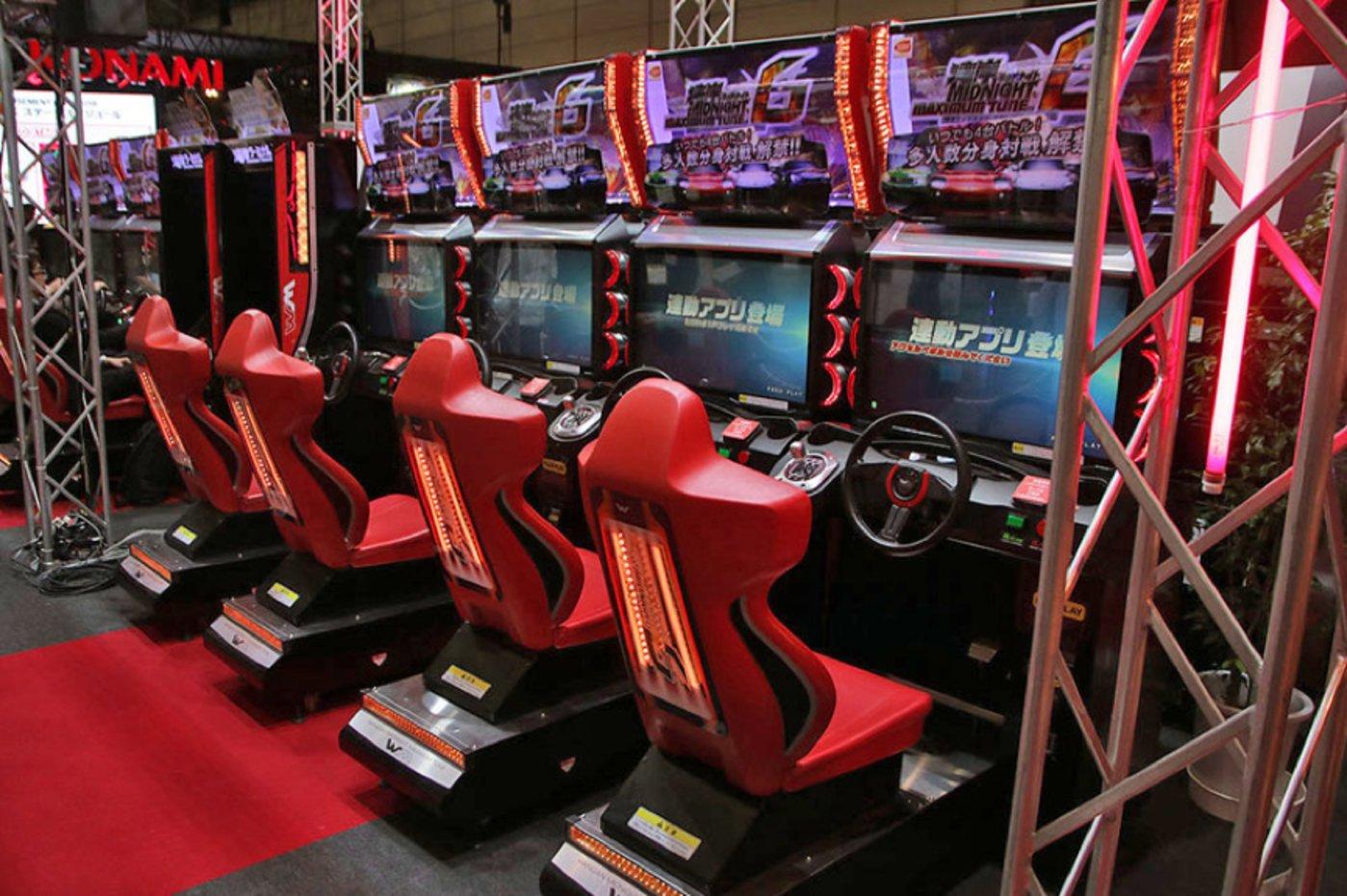 赛车游戏《湾岸午夜极速》机台