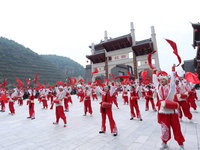 人民的节日:全国各地举办建党100周年庆祝活动