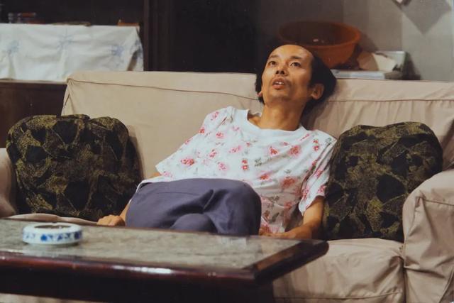 """逃离北上广、跳出996、讨厌PUA,95后说我的""""躺平""""不是丧"""