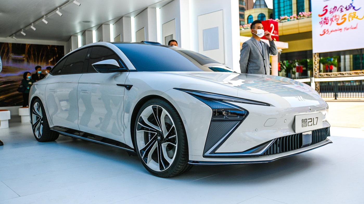 智己LS7汽车,图片来源@视觉中国