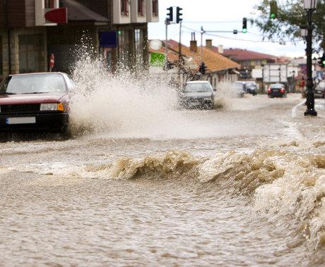 """""""河南洪灾""""并非偶然?Nature最新封面:全球受洪灾影响人口数量正在扩大"""