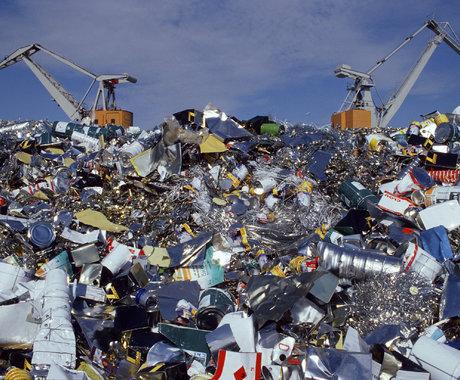 1500万中国人,正在垃圾堆里炼金