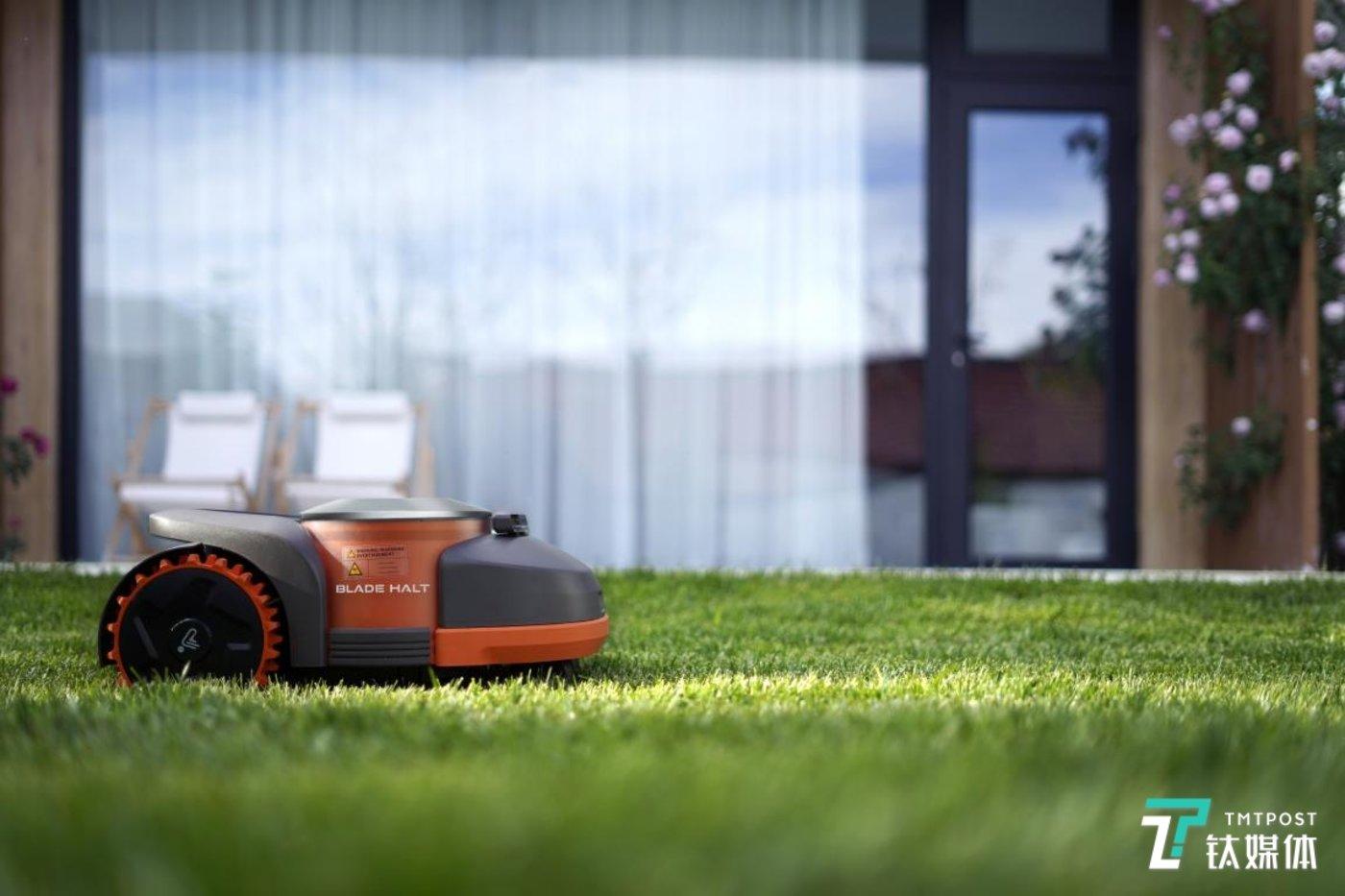 赛格威割草机器人