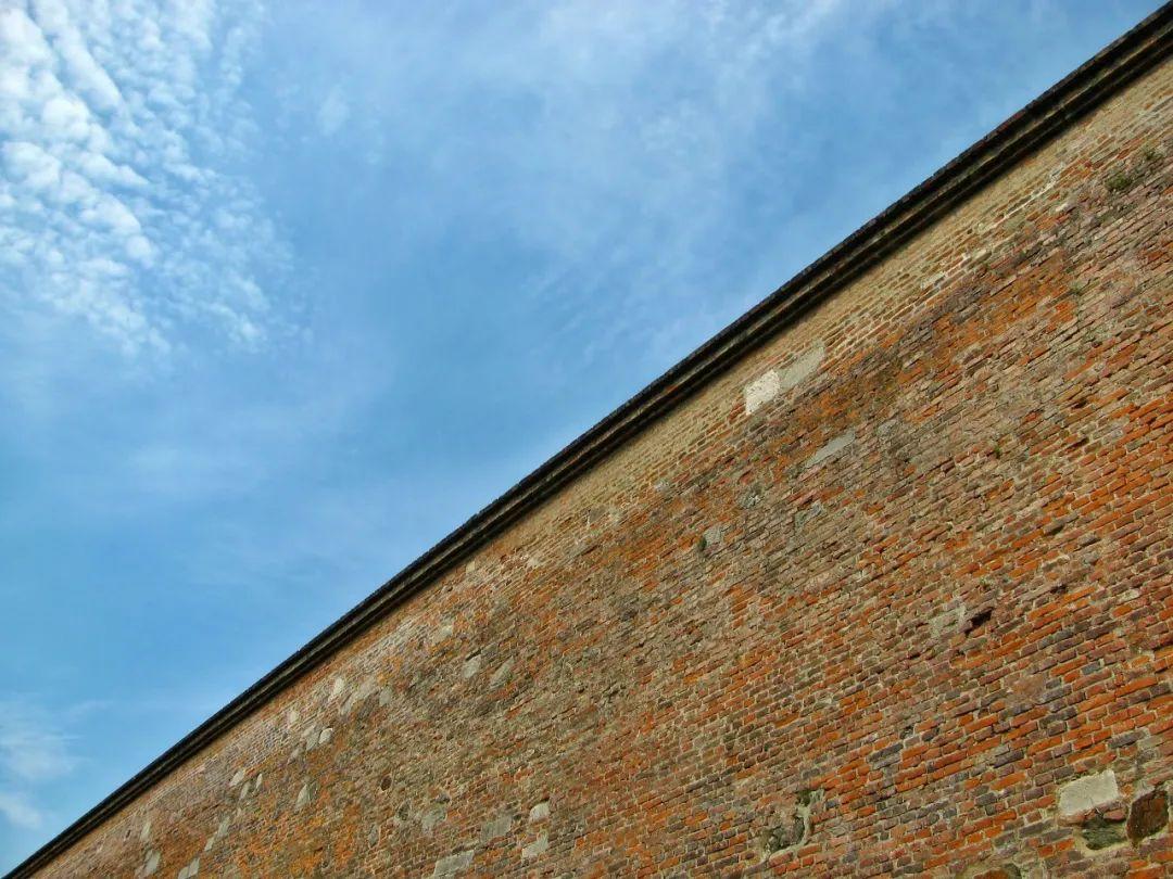 外链屏蔽简史:互联网巨头间的高墙为何而建?