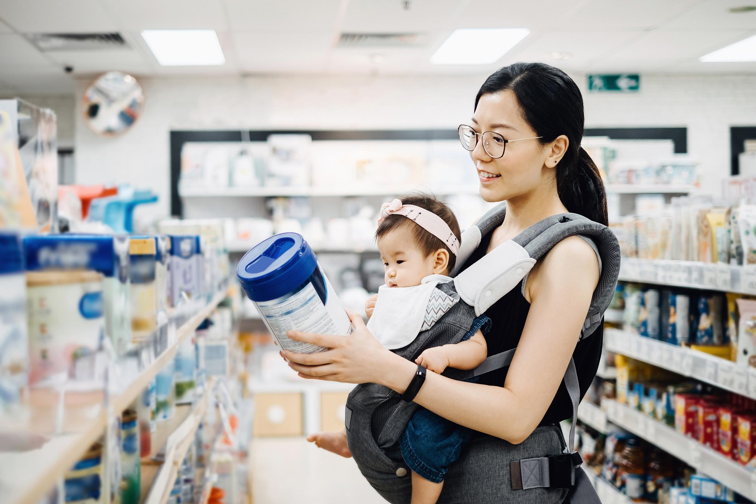 配方奶粉可以完全替代母乳?你可能掉入了企业的宣传圈套