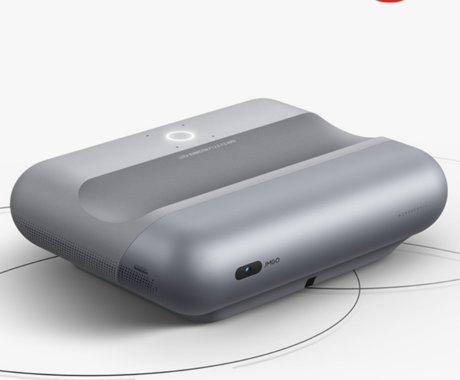 坚果智慧墙O1 Pro上市,光路设计与徕卡联合研发 | 钛快讯