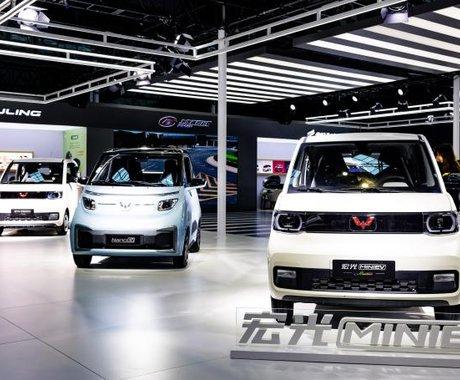 """新能源汽车的""""柳州模式"""":乘用车电动化率达31.6%,五菱汽车接入量占比94.47%"""